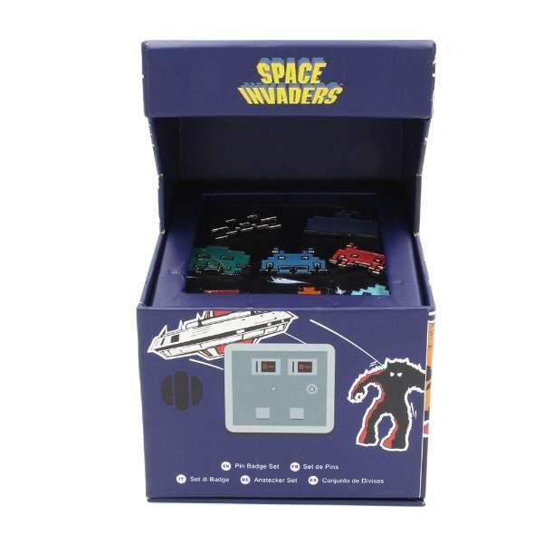 Space Invaders Arcade Pin Badge Set