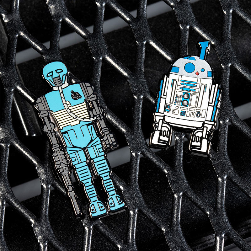 Pin Kings Star Wars Enamel Pin Badge Set 1.21 – 2-1B and R2 D2 (with Sensorscope)